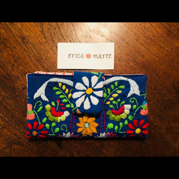96ae70f3de2 BNWT Erica Maree embroidered Mexican wallet